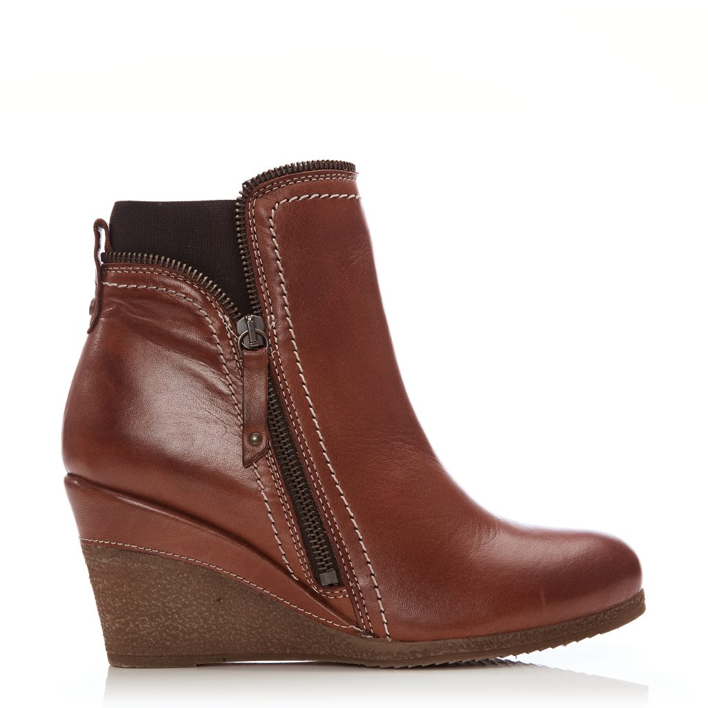 Ameelia Tan Leather Boots