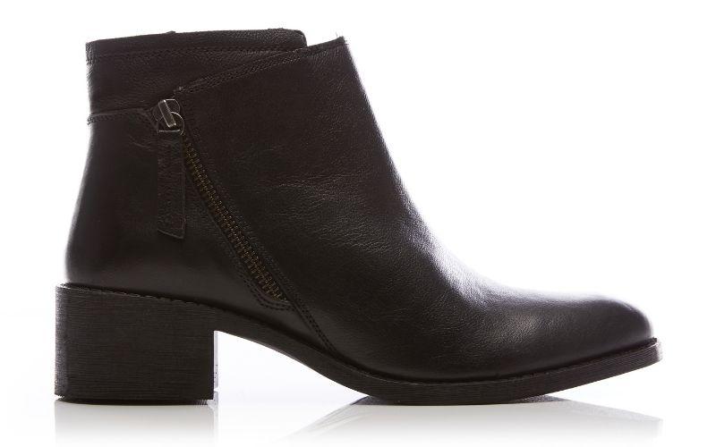 Ceceria Black Leather