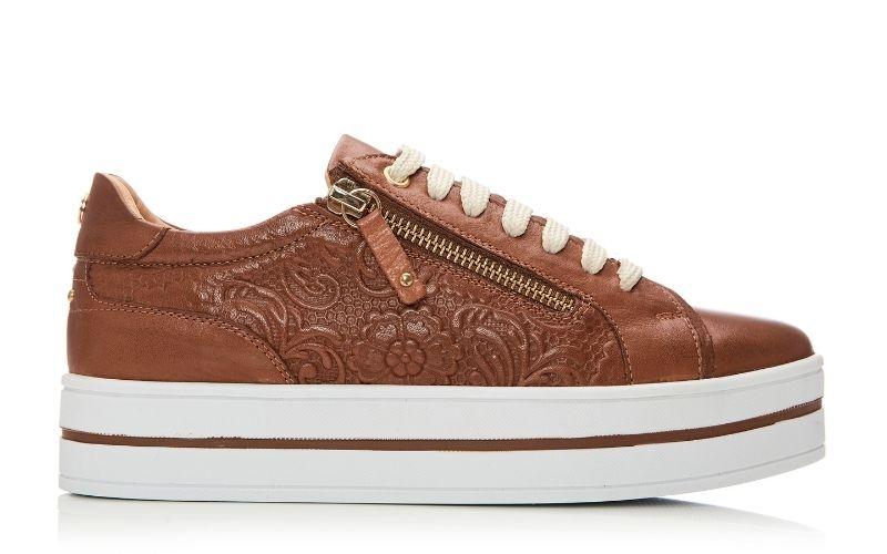 Arixo Tan Leather