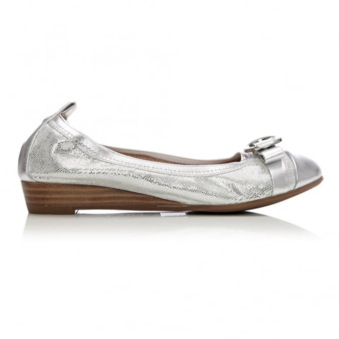 Ellan Silver Metallic Lizard Effect Leather