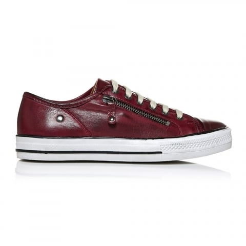 Fianntas Burgundy Leather