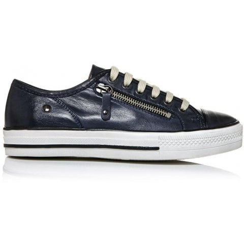 Fianntas Navy Leather