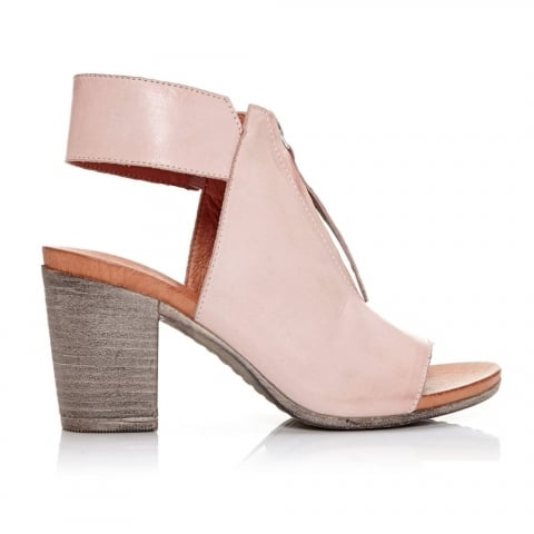 Laia Light Pink Leather